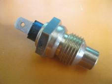 VOLVO 262, 264, 265 (74-82) VOLVO 760 (82-84) New Temperature Sender - 52270